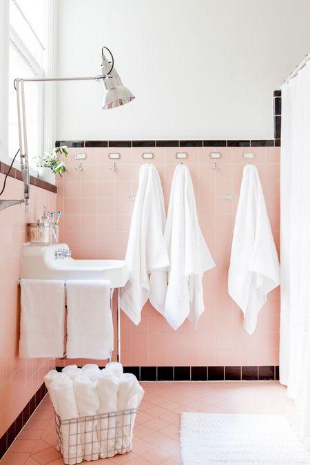 Ferney-Bathroom1
