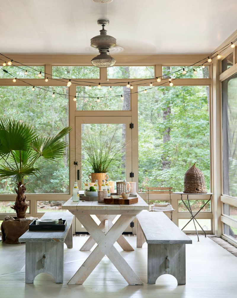 1426183102-house-of-their-own-porch-0514-3ebxwe-s2