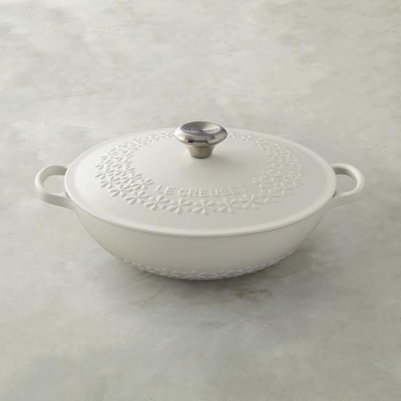 Le-creuset-signature-cast-iron-fleur-round-dutch-oven-2-c
